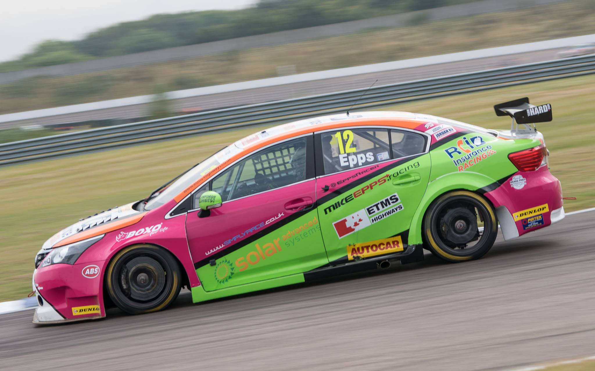 Mike Epps Team Hard RCIB BTCC