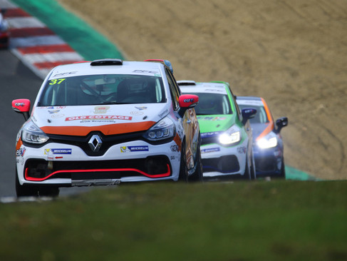 Epps Sits Third Overall in UK Clio Cup Standings on Debut