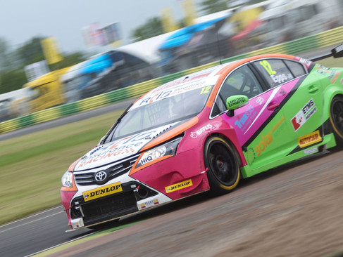 Epps Back In The Points During Promising Croft Weekend