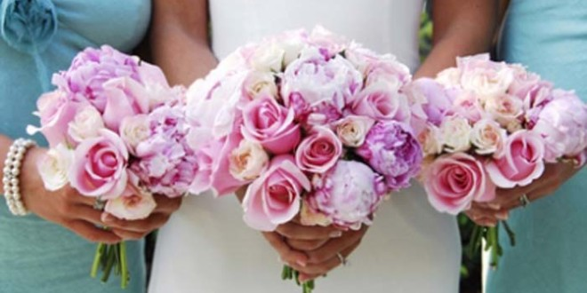 Choosing-a-wedding-florist-660x330