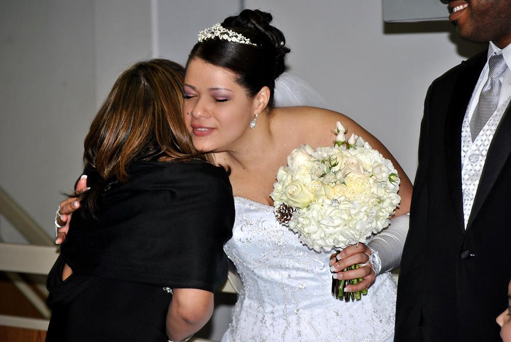 CELINE KISSING FAMILY.jpg