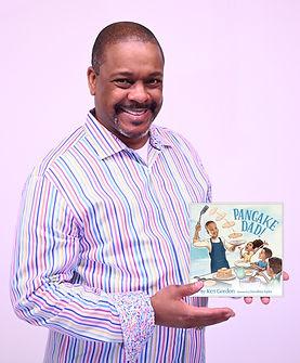 Pancake Dad_book holding r003.jpg