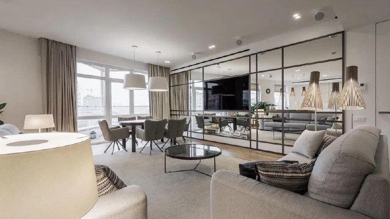 Купить 4-х комнатную  квартиру на ул.Льва Толстого 39!