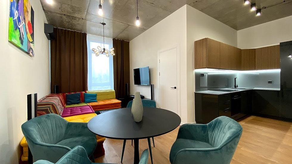 Купить 2-х комнатную квартиру на ул.Жилянская 68