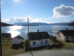 Utsikt frå Kvamsøy sommar