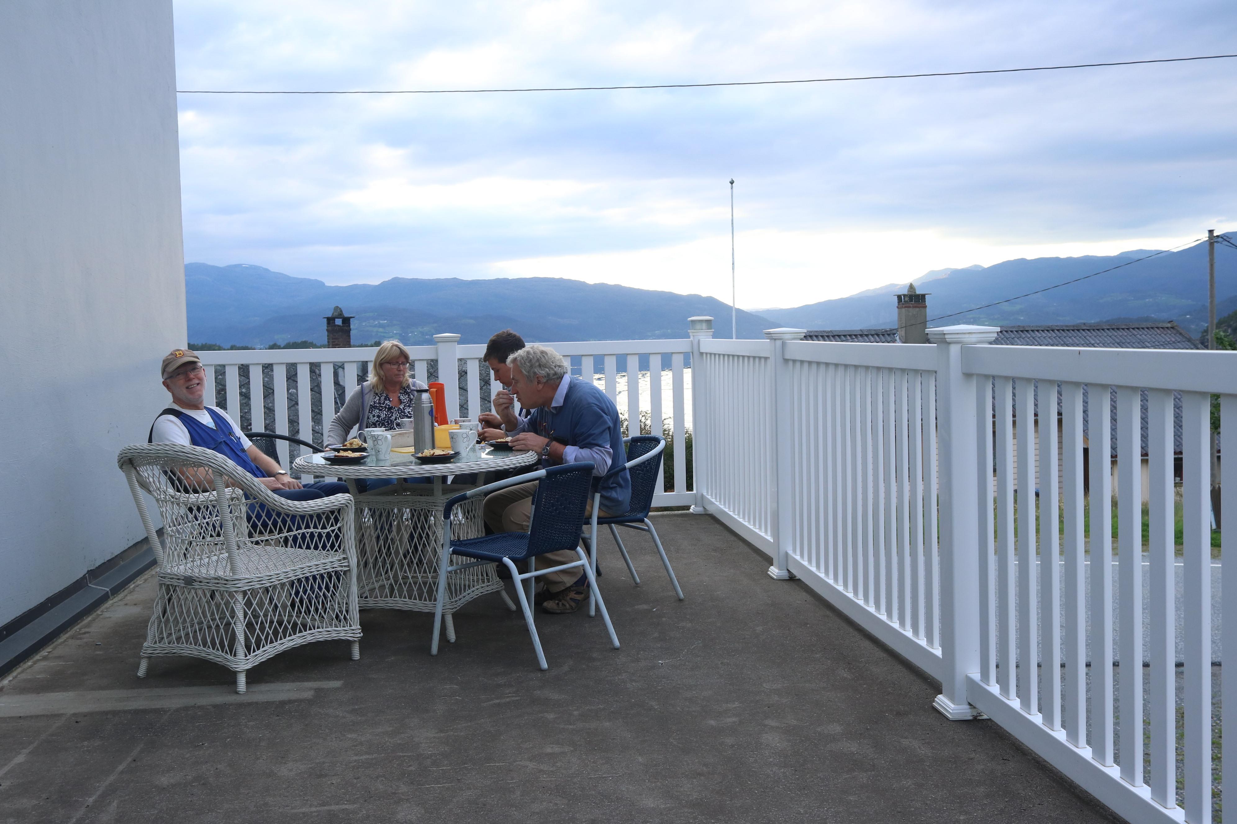 Middag med fjordsikt