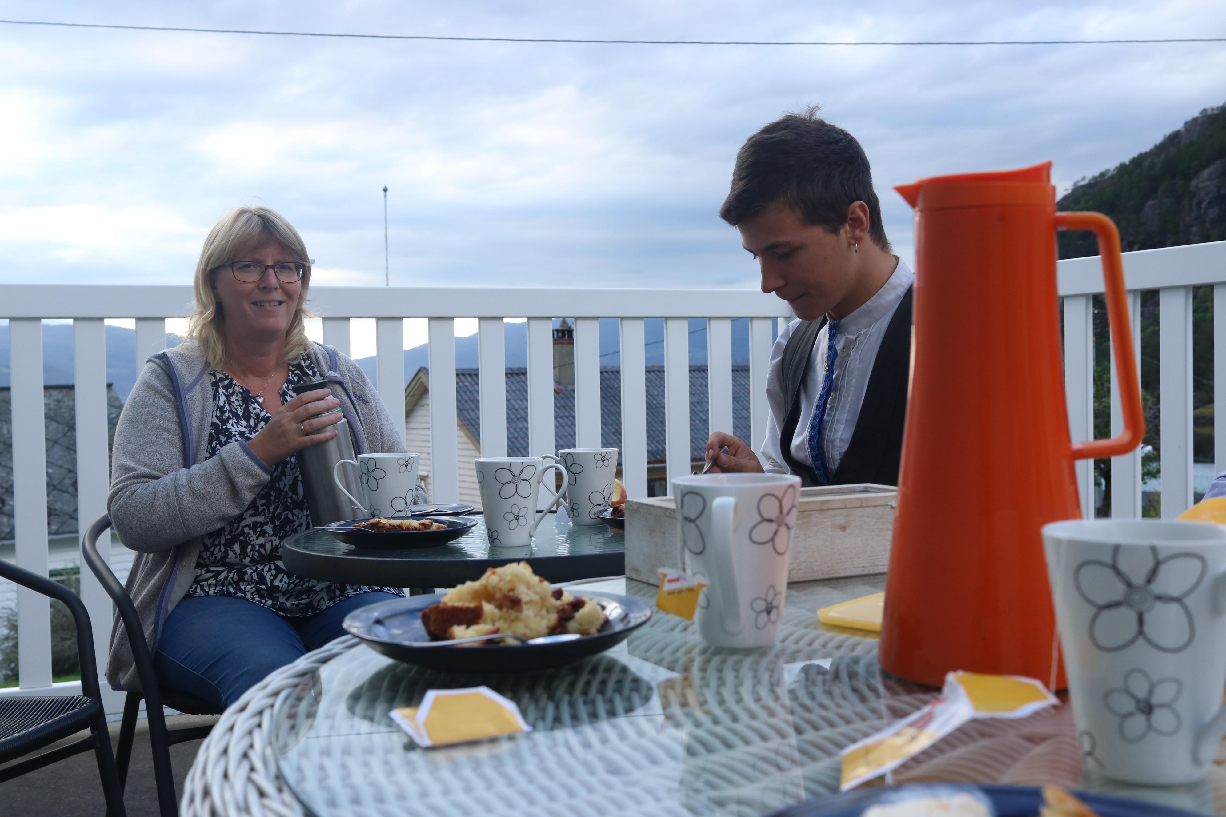 Dinner wit hardangerfjordwiev 2