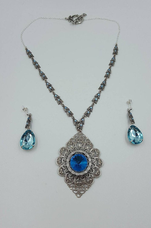 Silver Filigree Necklace & Earring Set