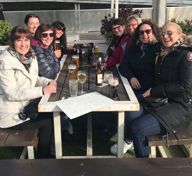 En gjeng med Livergirls i Liverpool mars 2020