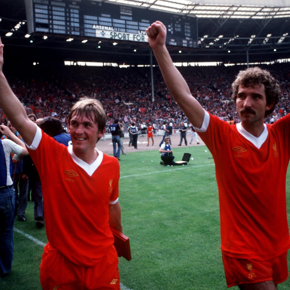Kenny Dalglish og Graeme Souness etter seier i Charity Shield 1979.  Foto: Peter Robinson/Empics Sport