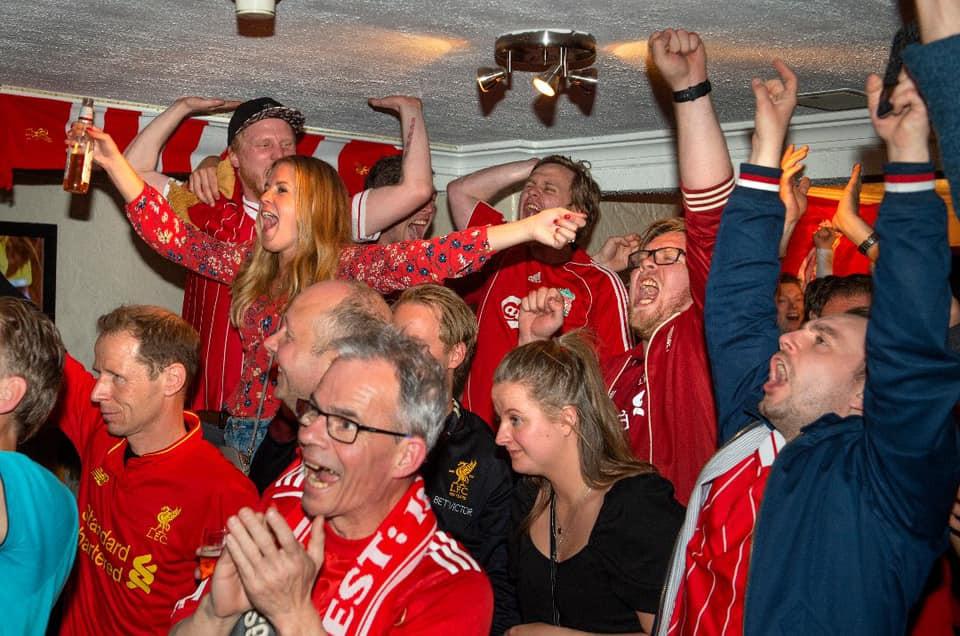 Hematt var stamstedet til supporterne på Gjøvik inntil det gikk konkurs i sommer pga. Korona krisen. Dette var plassen hvor Liverpoolfestivalen ble født  Foto: Jonny Isaksen