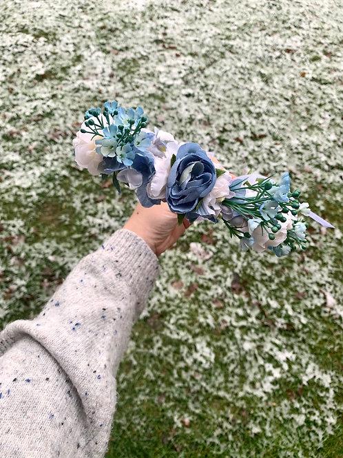 🦋 Modrý Svatební Věneček Rose
