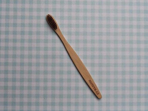 Hnědý bambusový kartáček Me Teva