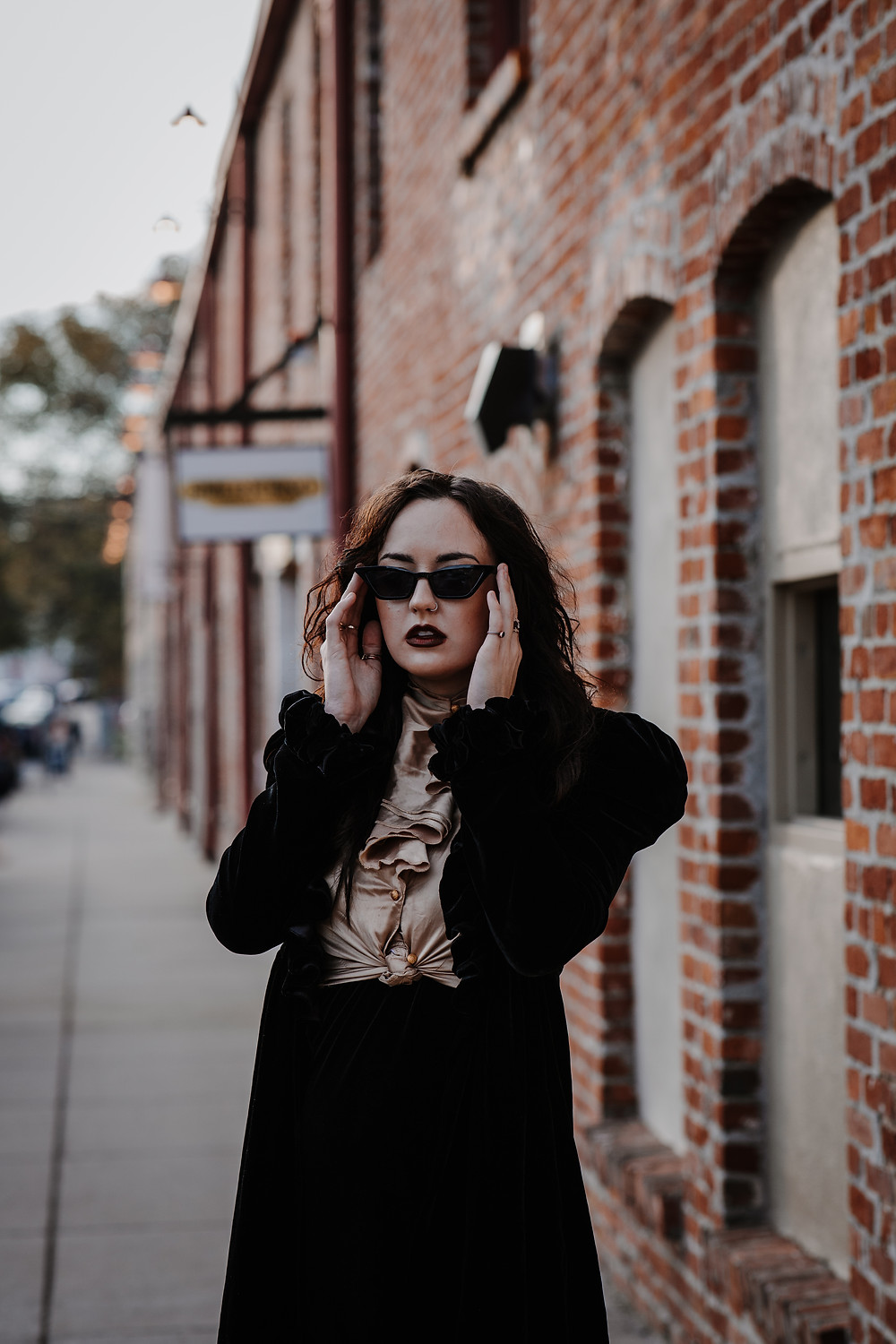 lifestyle blog session shoot Nashville TN Tennessee local talent model lookbook ootd kardashians anxiety depression Enneagram mental health counseling counselor Goth Gothic faith God Jesus love self care she is balanced 20s twenties how to be