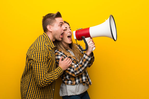 couple-in-valentine-day-shouting-through