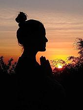 Lorena meditação.jpg