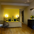 Chambre Yellow lit queen size