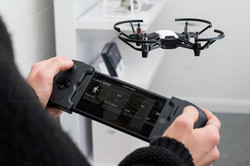 Ryze-Tello-review-flying-with-gamevice-a