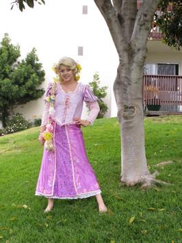 Rapunzel Cosplay