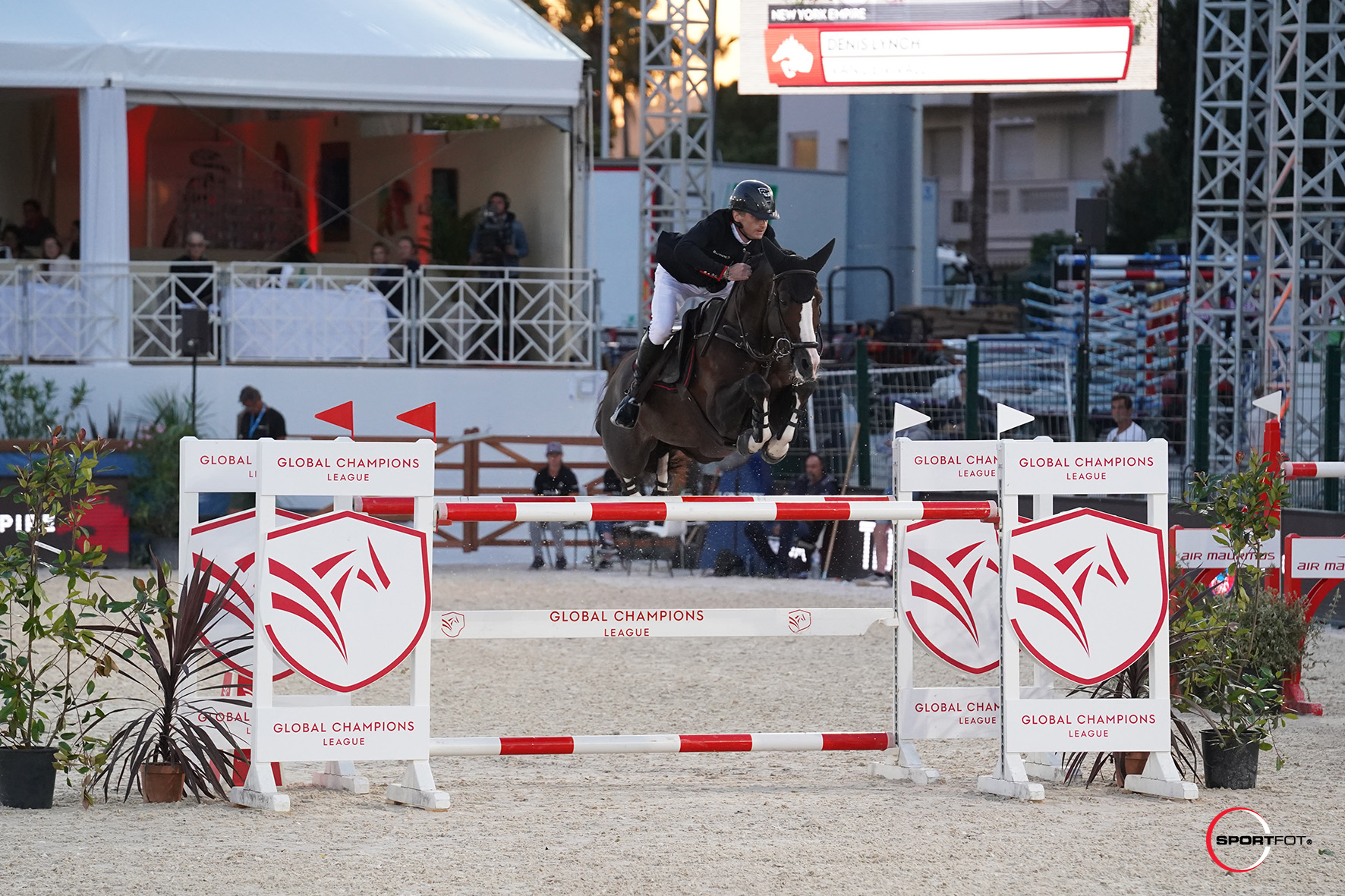 LGCTCannes2019_CSI5-GCL_Denis Lynch_van