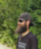 Picture of Bearded guy wearing sunglasses