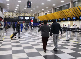 Queda no número de passageiros não reduz preço de passagens aéreas