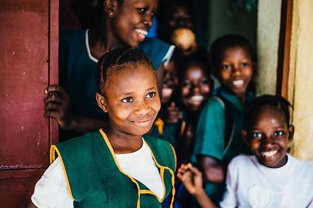 petites-filles-africaines-souriantes.jpg