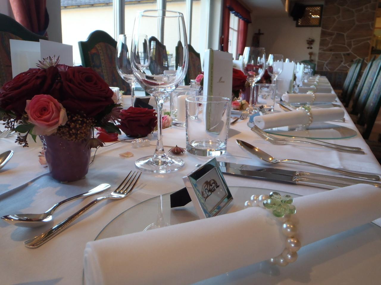 Tischdeko Restaurant Hochzeit