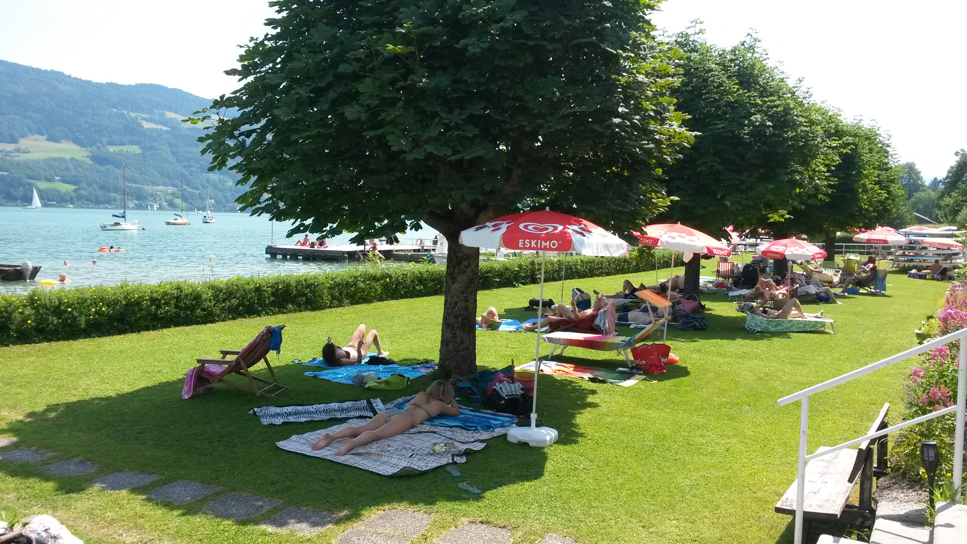 Badeplatz am Mondsee in Schwarzindien
