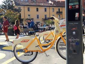 """Bike sharing targato """"Sharing Cities"""" in Piazza Angilberto II"""