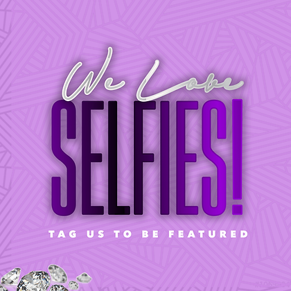 We Love Selfies! - Purple