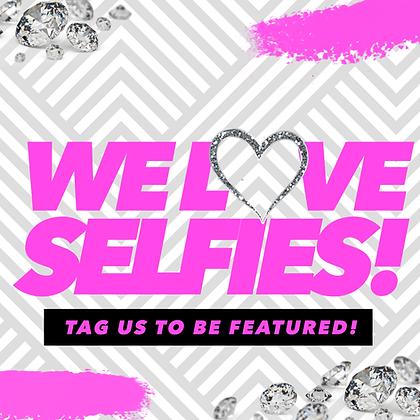 We Love Selfies (Pink)