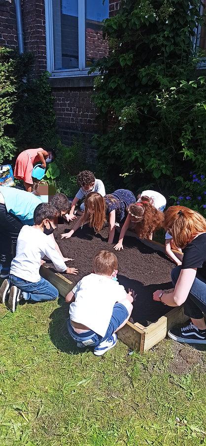 Atelier Jardinage pour les CP