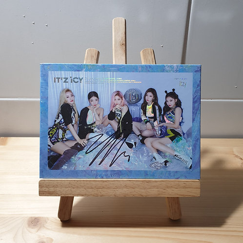 ITZY - 1st Mini Autographed Signed Album (ICY ver.)