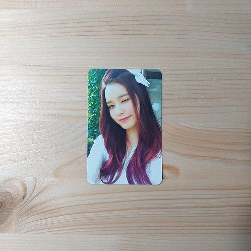 GUGUDAN - Wonderland Official Photocard (Soyee ver.)