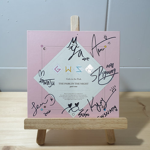 GWSN - Girl in the Park Autographed Signed Prom Album
