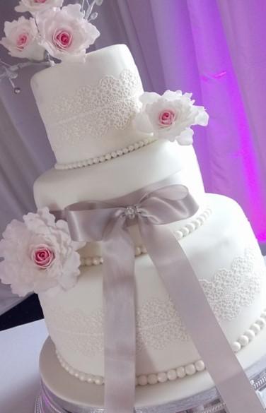 Emma Wed Cake