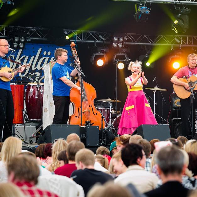 Loiskis ja Satu Sopanen, Jyväskylän kesä 2015, kuva Jkl Kesä