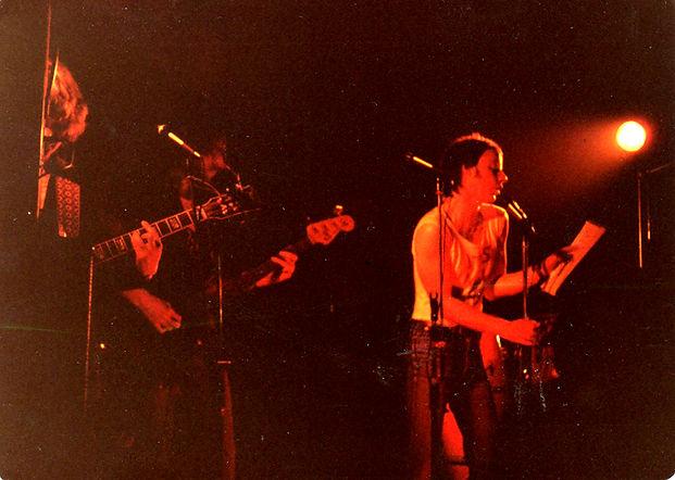 Nick Toczek fronting Ulterior Motives, Vaults Bar, Bradford, 1980 (Bassist Rick Green behind)