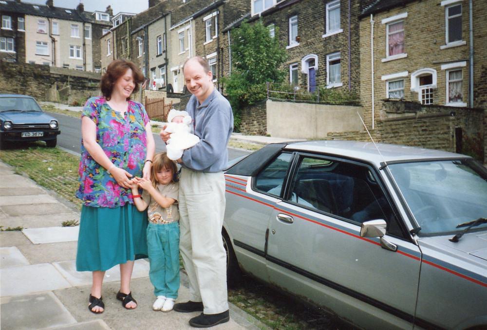 Gaynor, Becci & Nick home with newborn Matt, Aug 1990.