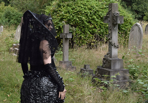 Gothic Queen 8, Lili Giacobino
