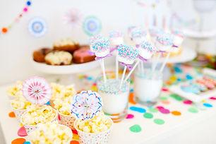 Table de fête d'anniversaire