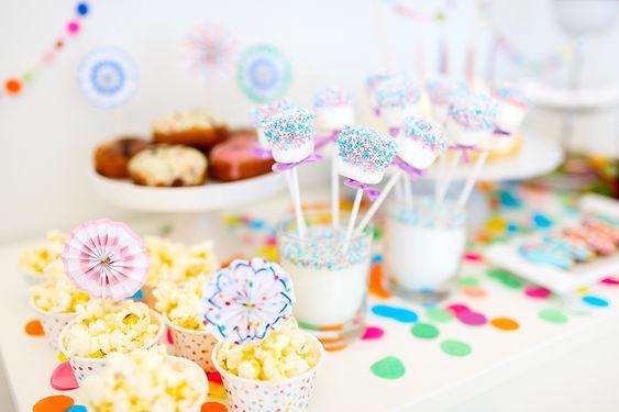 Doğum günü partisi Tablo