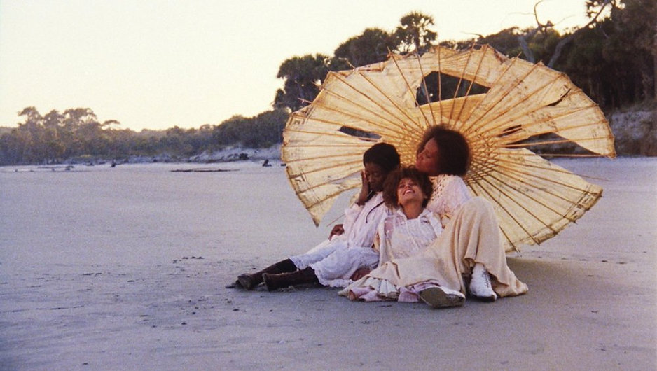 daughter-of-the-dust-1991-002-women-unde