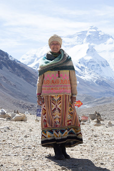 Julie Stephenson Skeinydipping Quongalongma Mt Everest