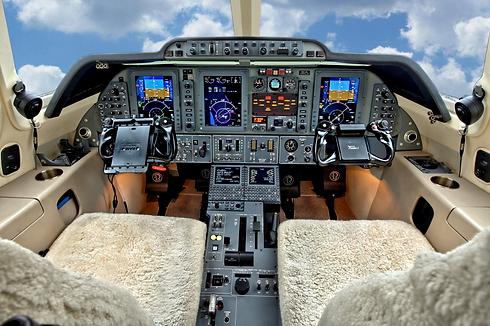 Cockpit.bmp