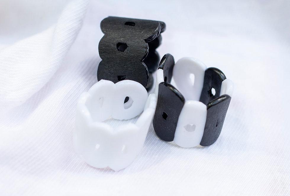 Black & White Ring Set