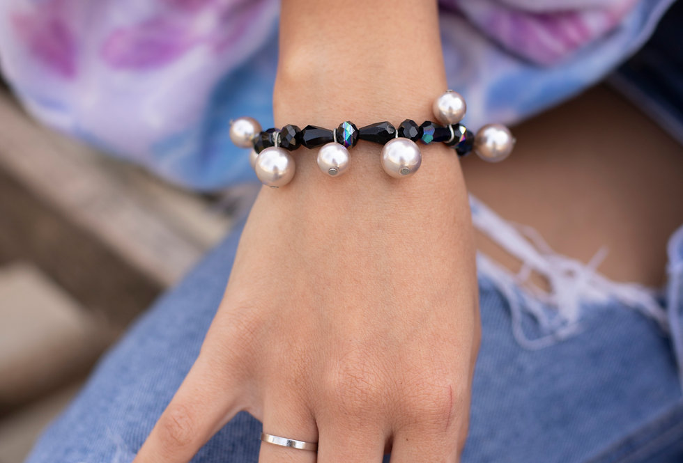 Black & Gold Bead Bracelet