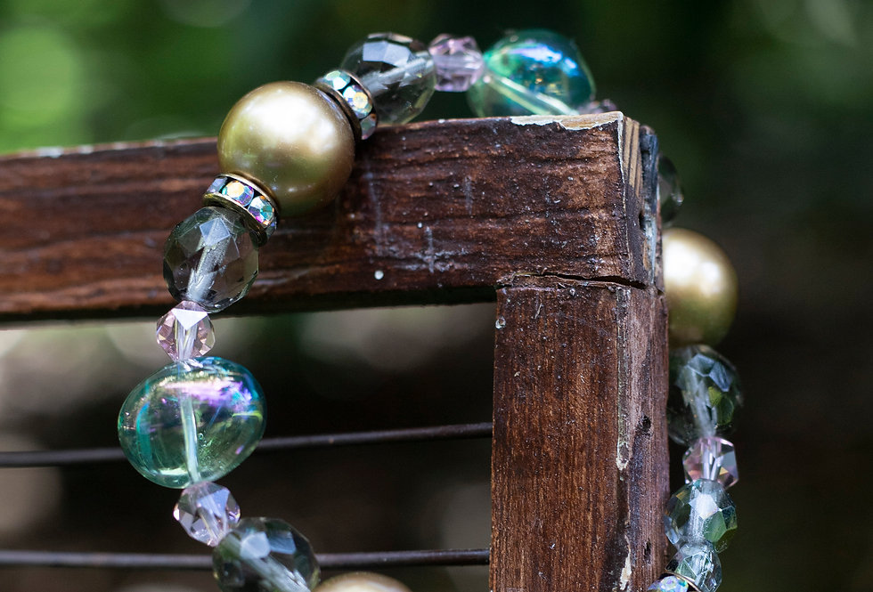 Gold Bauble Bracelet