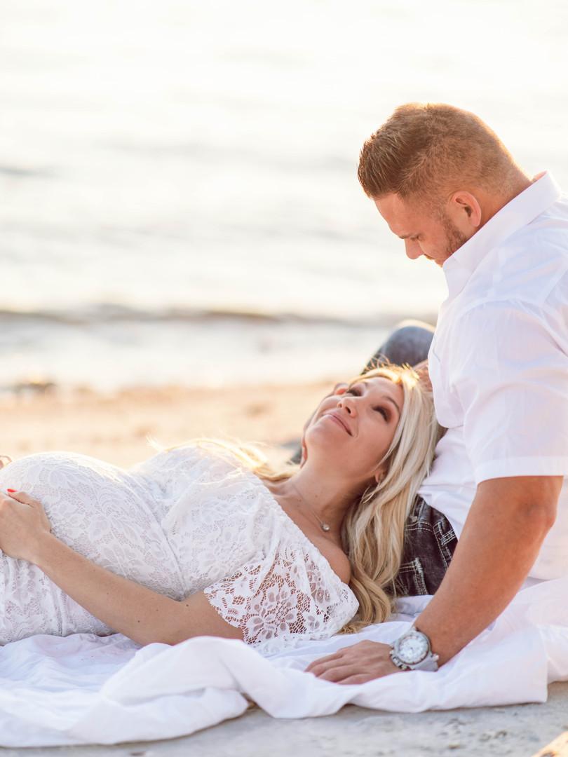 KatieTraufferPhotography- A&D Maternity-